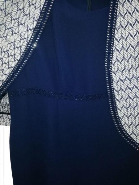 abitino-blu-con-bolero-bianco-con-zig-zag-taglia-forte-particolare