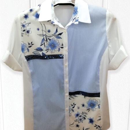 camicia-con-fiori-e-righe-azzurre-pari
