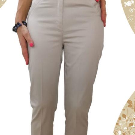 pantalone-modello-pinocchio-beige-con-spacco-laterale-in-fondo