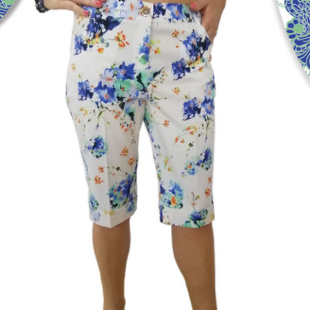 pantaloni-corti-bianchi-con-fantasie-a-fiori