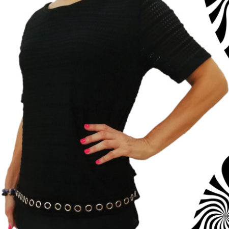maglia-in-nero-lavorato-con-voile-sotto