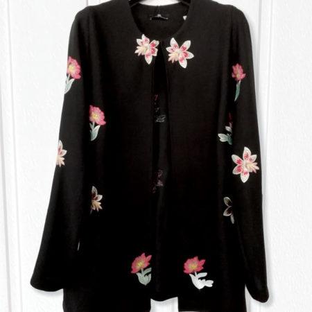cappa-donna-nero-fiori